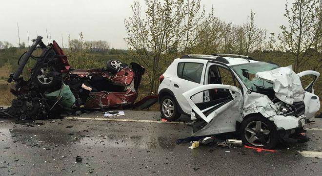 Siete personas han muerto y una ha resultado herida grave en el choque entre dos vehículos en la N-2 enPont de Molins (Alt Empordà), cerca de Figueres,