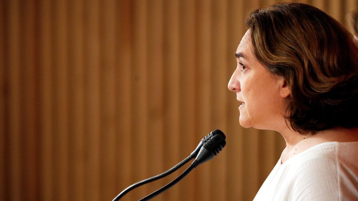 Ada Colau reitera su apuesta por un pacto de izquierdas en el Ajuntament de Barcelona con ERC y PSC.