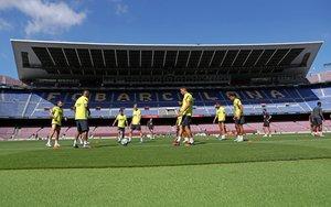 El Barça se entrena en el Camp Nou, que no pisaba desde el pasado 7 de marzo.
