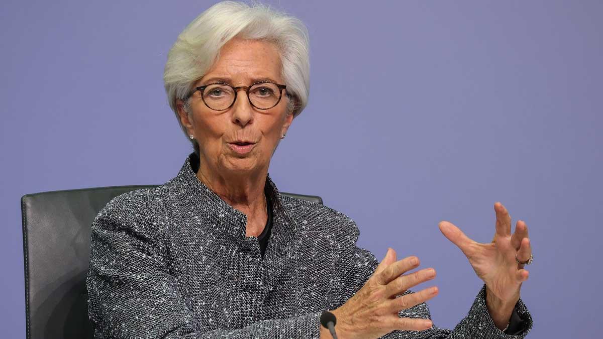 El BCE comprará 750.000 millones adicionales de deuda por la crisis del coronavirus. En la imagen, Christine Lagarde.