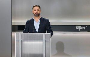 El candidato de Vox, Santiago Abascal, en el debate electoral a cinco.
