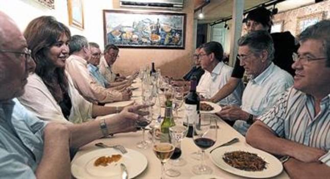 Comida de encuentro semanal, ayer, en el restaurante Lázaro de Barcelona.