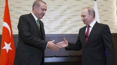 Turquía compra a Rusia dos baterías de misiles antibalísticos S-400