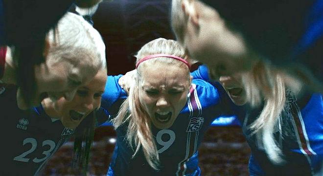 Icelandair ha querido apoyarde la selección femenina de fútbol de Islandia a través de un espectacular vídeo.