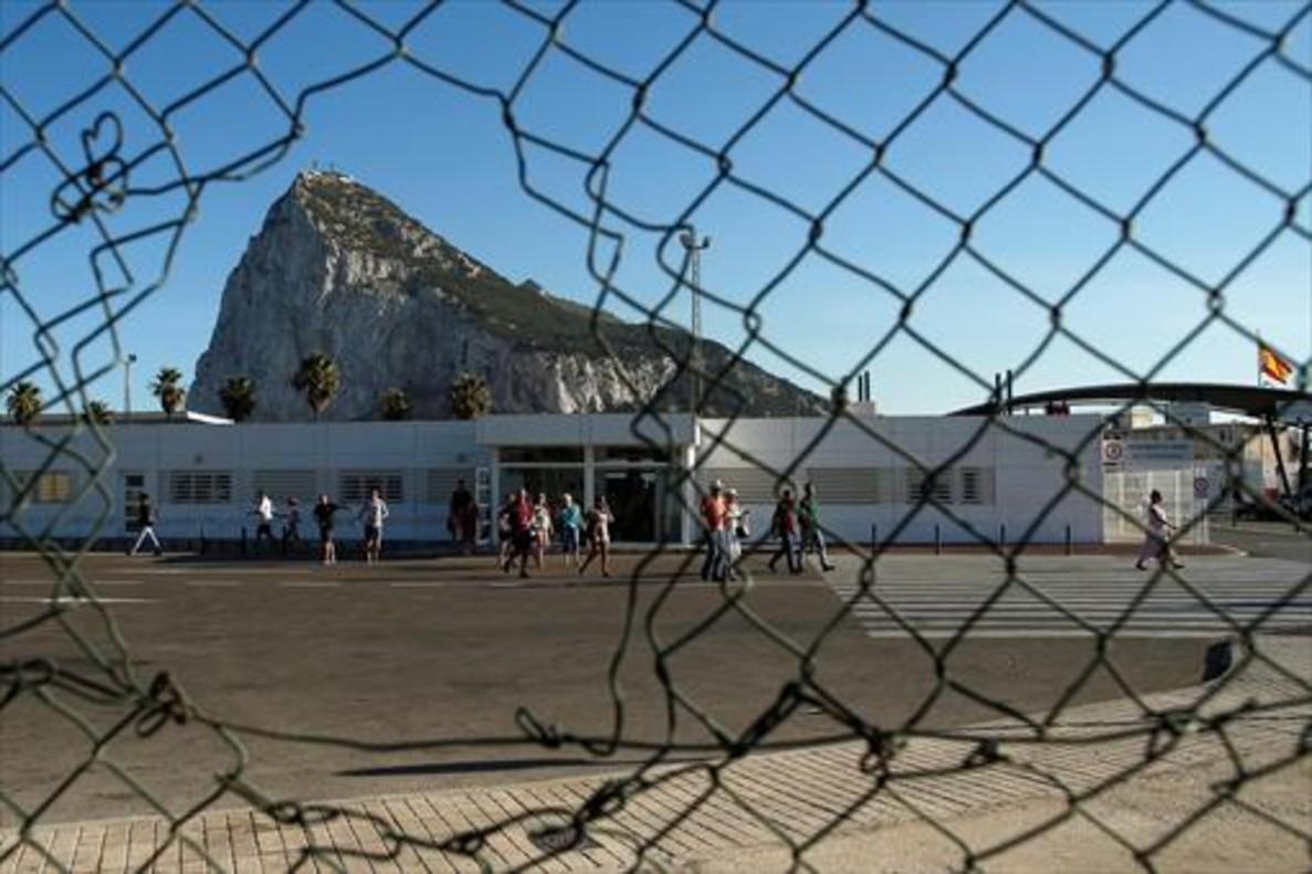 Gibraltar, visto desde La Línea.