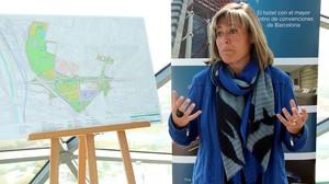Marín muestra el proyecto de reforma de la Gran Via, el pasado 20 de abril.