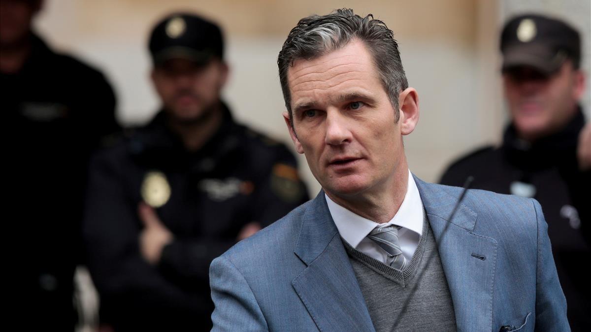 Iñaki Urdangarin, a su salida de la Audiencia Provincial de Mallorca después de una de sus comparecencias.
