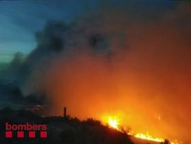 Incendio en Coll de Rajolers, en Tortosa.