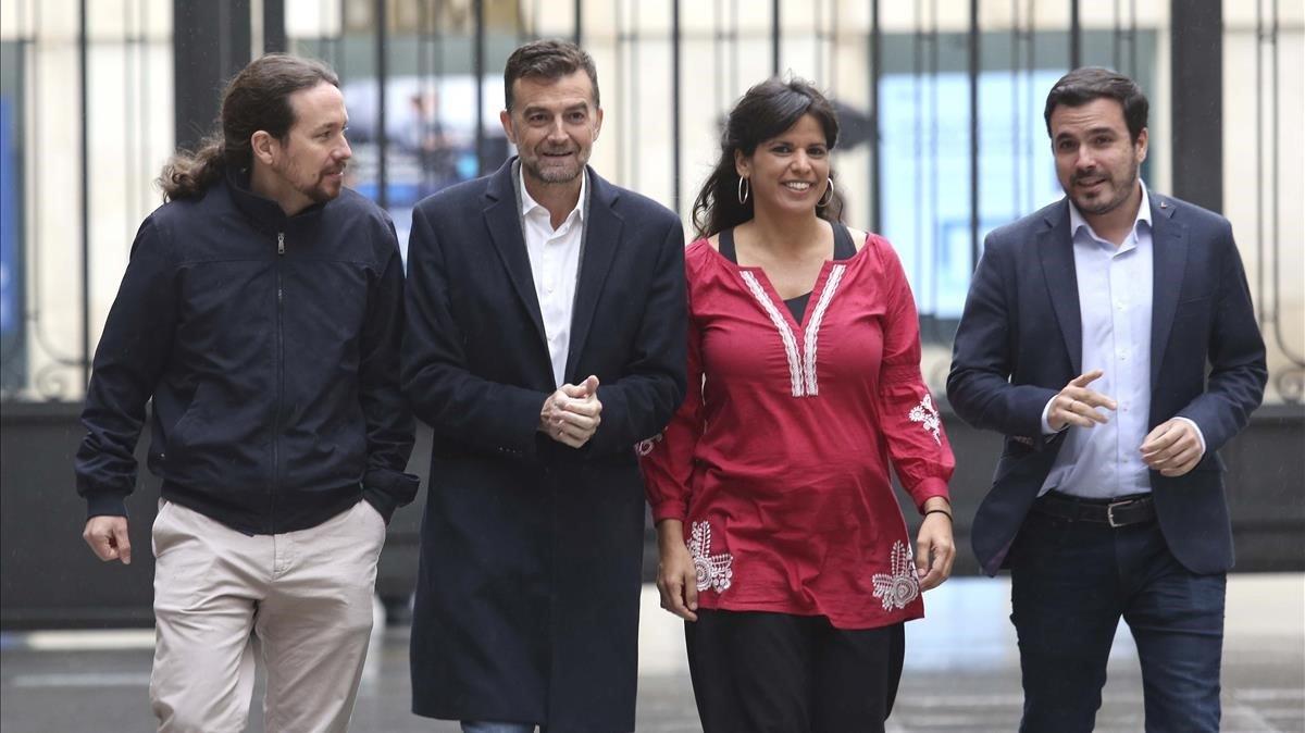 Nace la primera hija de Teresa Rodríguez y José María González 'Kichi'