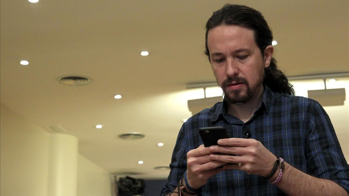 El líder de Podemos, Pablo Iglesias, en una imagen reciente antes de comparecer ante la prensa en el Congreso