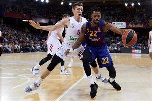 El Barça remunta 17 punts enganxat a la màgia de Mirotic