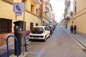 Mataró municipalitza la zona blava i el servei de grua
