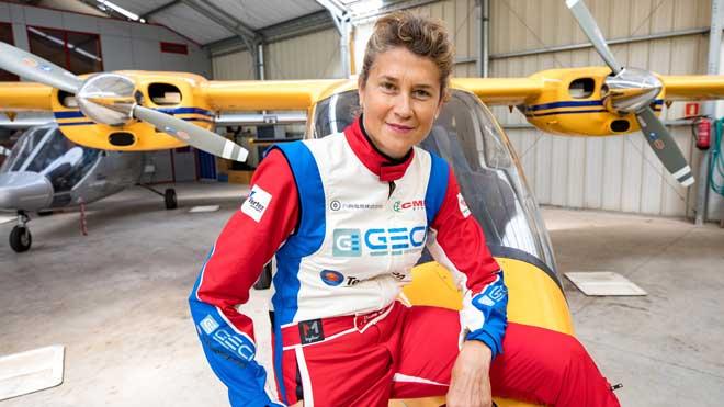 Mercè Martí, piloto de avionetas de carreras, en Sabadell.