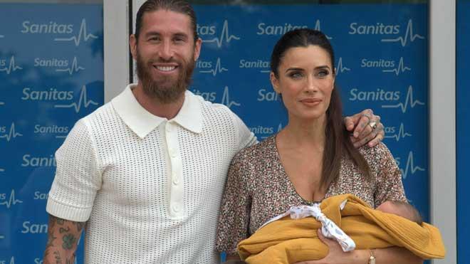 Pilar Rubio y Sergio Ramos presentan a su hijo Máximo Adriano.