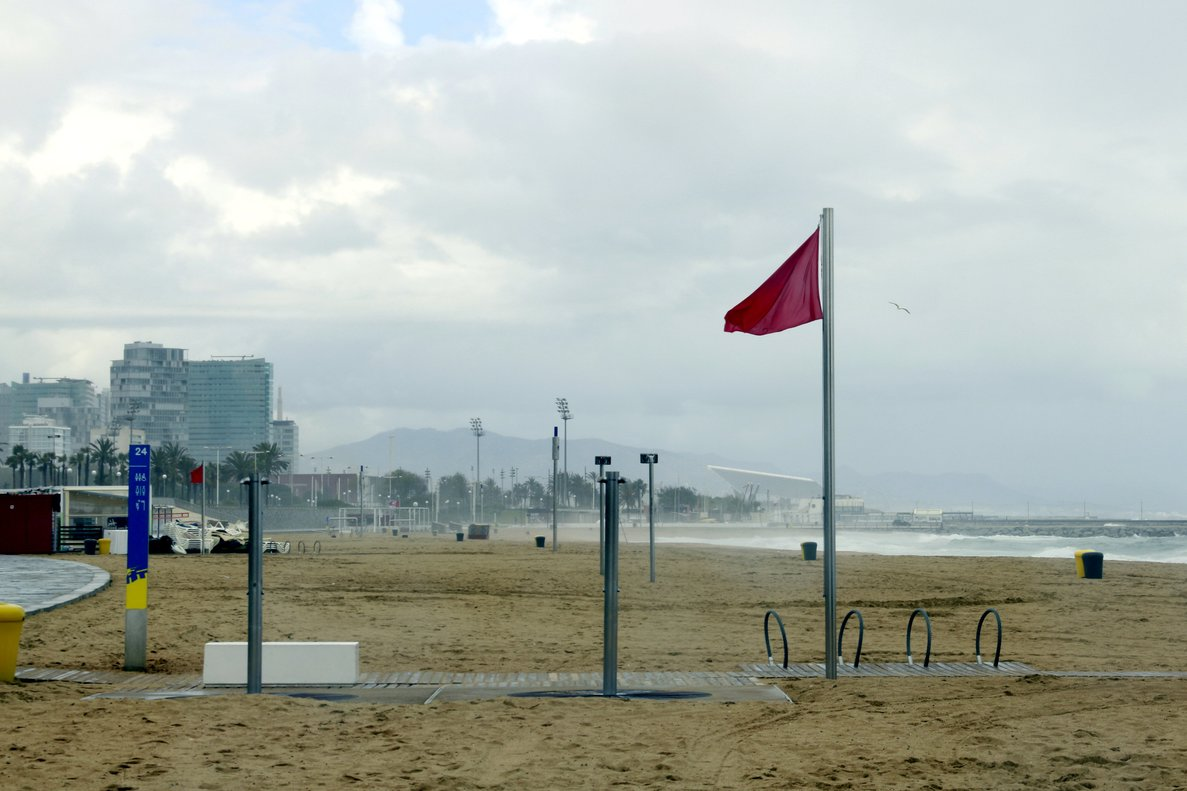 La playa del Bogatell.
