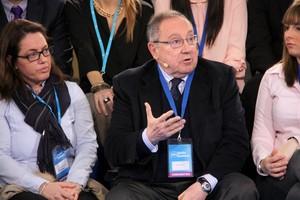 El presidente de Freixenet, Josep Lluís Bonet, interviene en la convención del PPC, este sábado en Barcelona.