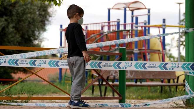 El Govern aprova una llei integral contra la creixent violència cap als nens
