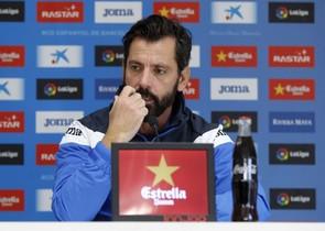 Quique Sánchez Flores, en una rueda de prensa en Sant Adrià.