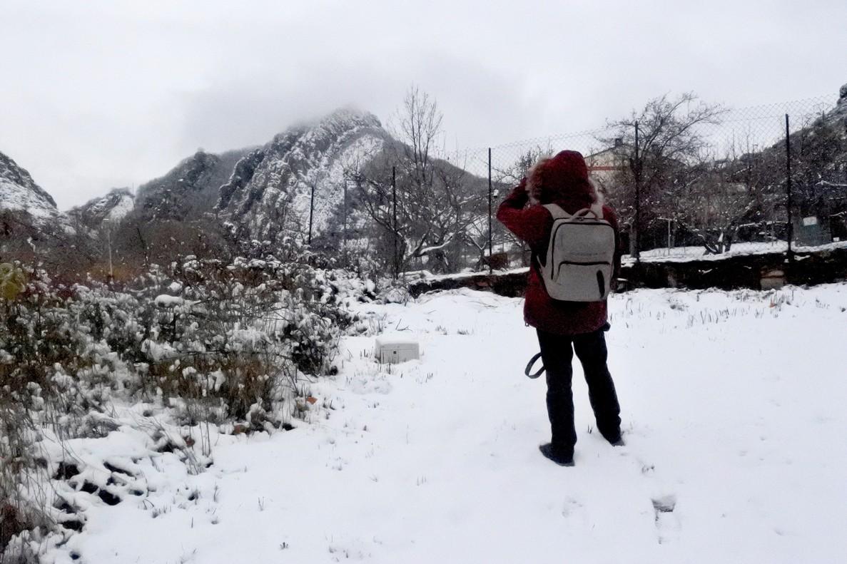 Renfe 'rescata' a 146 personas atrapadas por la nieve en la sierra madrileña