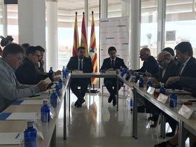 Reunión entre el alcalde de Badalona, Àlex Pastor, y el conseller de Terriori, Damià Calvet.