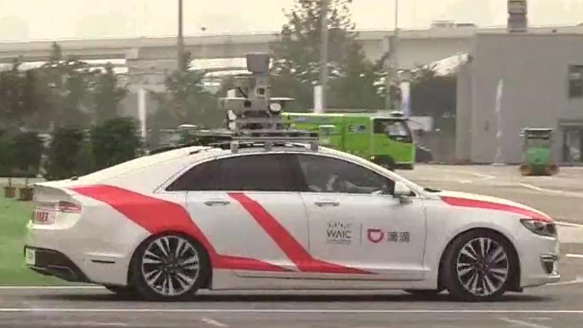 Robotaxis, coches sin conductor que buscan mejorar los vehículos autónomos.