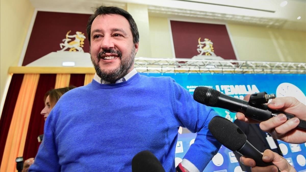 Salvini en una rueda de prensa.