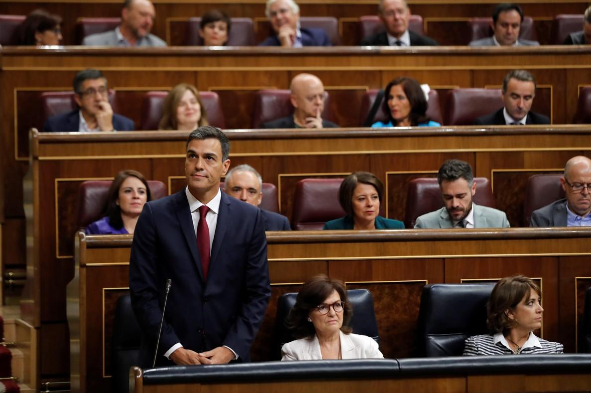 GRAF753. MADRID, 12/09/2018.- El presidente del Gobierno, Pedro Sánchez, durante su intervención en la sesión de control al Gobierno hoy en el Congreso. EFE/Juan Carlos Hidalgo