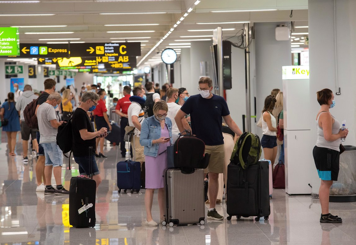 Terminal de llegadas del aeropuerto de Palma, en julio.