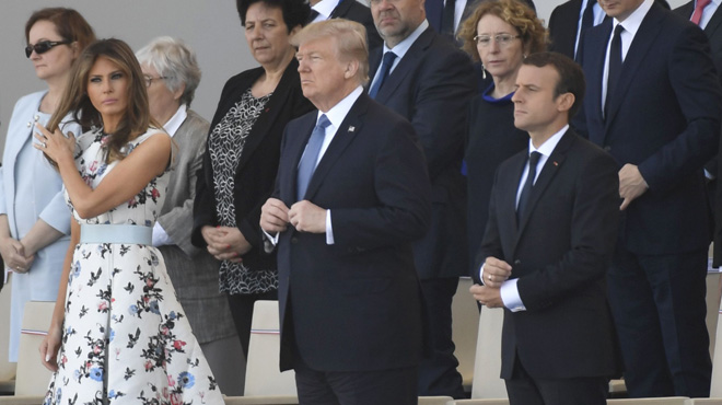 Trump asiste al desfile de la Fiesta Nacional francesa