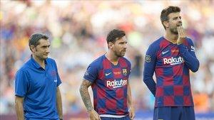 Valverde, Messi y Piqué, en la presentación del Barça 19-20.