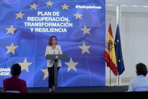 La vicepresidenta cuarta del Gobierno, Teresa Ribera, durante la presentación del plan de recuperación, este 7 de octubre en la Moncloa.