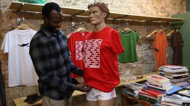 La marca Top Manta abre tienda en la calle de En Roig