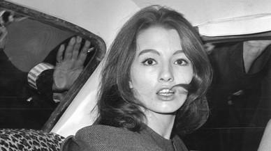 Mor Christine Keeler, figura clau d'un cas d'espionatge en la guerra freda