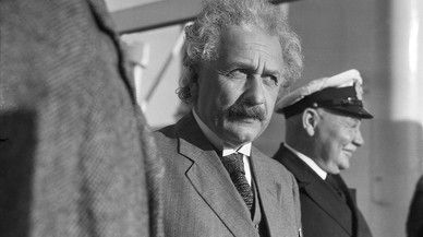 Einstein infinito