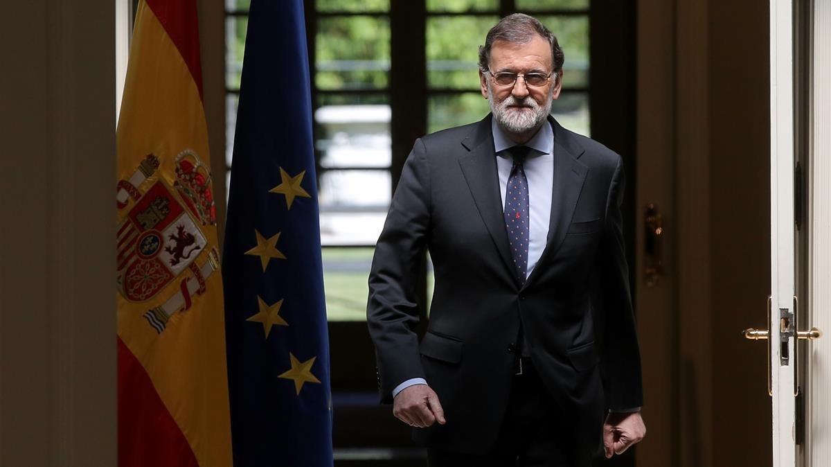 El presidente del Gobierno, en el Palacio de la Moncloa, donde ha realizado unas declaraciones institucionales sobre ETA.