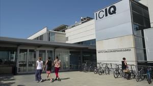 Desde el pasado30 de junio, el Institut Català dInvestigació Química ya no consta entre los centros reconocidos con la acreditación de excelencia Severo Ochoa