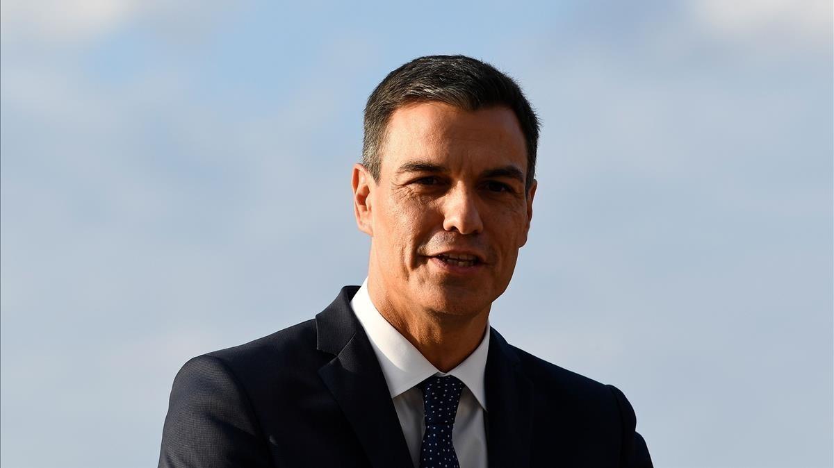 Sánchez portarà davant del TC la resolució del Parlament contra el Rei