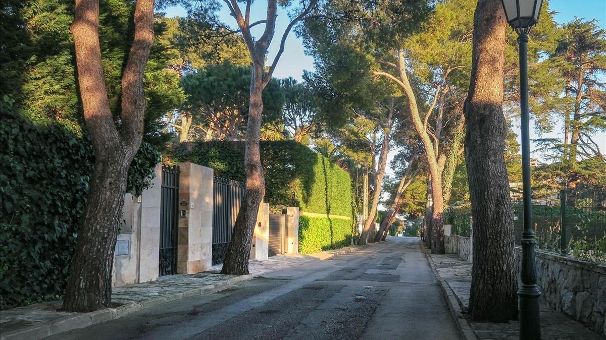 Entrada a las Villas de Artyakov en la urbanización de S'Agaró.