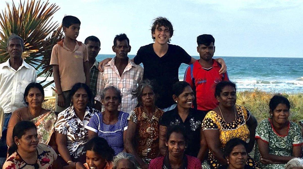 """Marcelo Ortega: """"Saco kilos de plástico en la costa de Sri Lanka"""""""