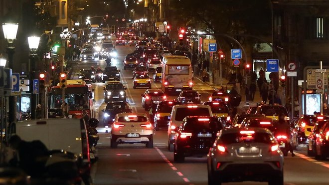 La volta al món en 8 barris de Barcelona
