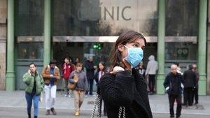 Almenys un dels sanitaris amb coronavirus a Catalunya és metge del Clínic