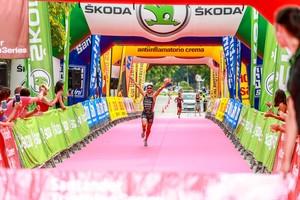 Indre Barkute i Albert Parreño, guanyadors del Triatló de Gavà 2018