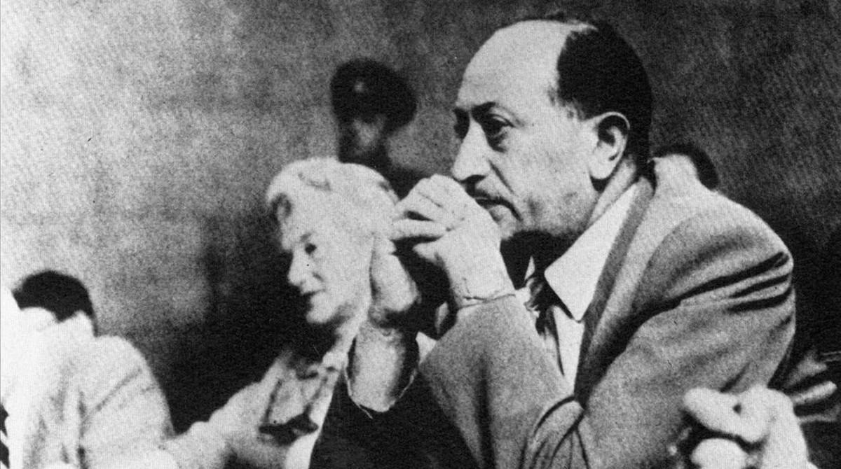 El cazador de nazis Simon Wiesenthal, en 1958, durante un juicio en Viena contra criminales de guerra nazis.