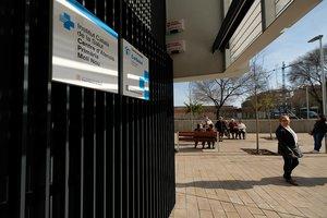 Veïns i sanitaris reclamen la reobertura del CAP Molí Nou de Sant Boi