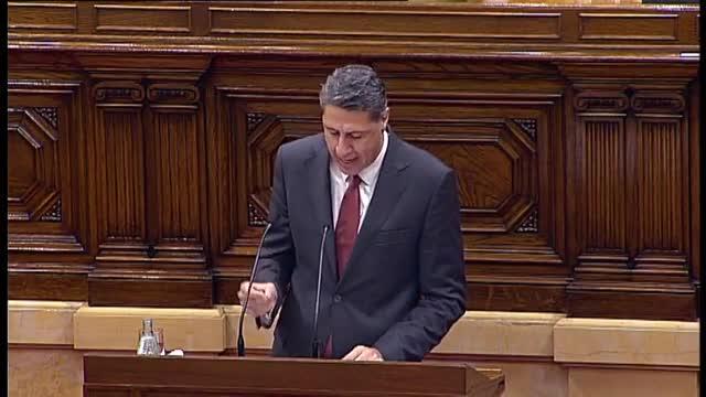 El diputado del PP acaba su intervención con un Visca Catalunya y viva España.