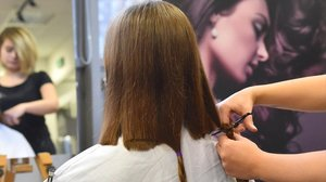 Treatwell y la oenegé 'Mechones Solidarios' han creado una red de 200 peluquerías solidarias entre Madrid y Barcelona.