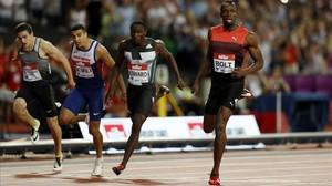 Bolt gana los 200 metros por delante de Edward, Gemili y, al fondo, el español Bruno Hortelano, cuarto.