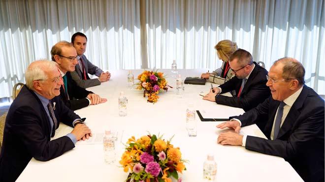 El ministre d'Exteriors rus diu a Borrell que «no sap res» sobre l'espionatge a Catalunya