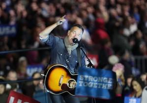 Bruce Springsteen, en el último mitin de campaña de Hillary Clinton, el 7de noviembre del 2016.