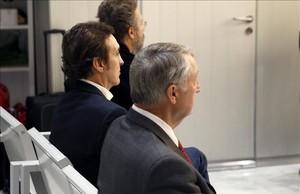 El cantante Ramoncín (en el centro), en el banquillo de los acusados durante el juicio que contra él se sigue en la Audiencia Nacional.